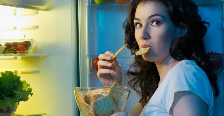 أخطر 7 عادات بعد تناول الطعام