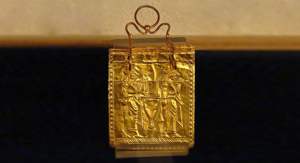 أقدم كتب في العالم : الكتاب الأتروسكاني الذهبي