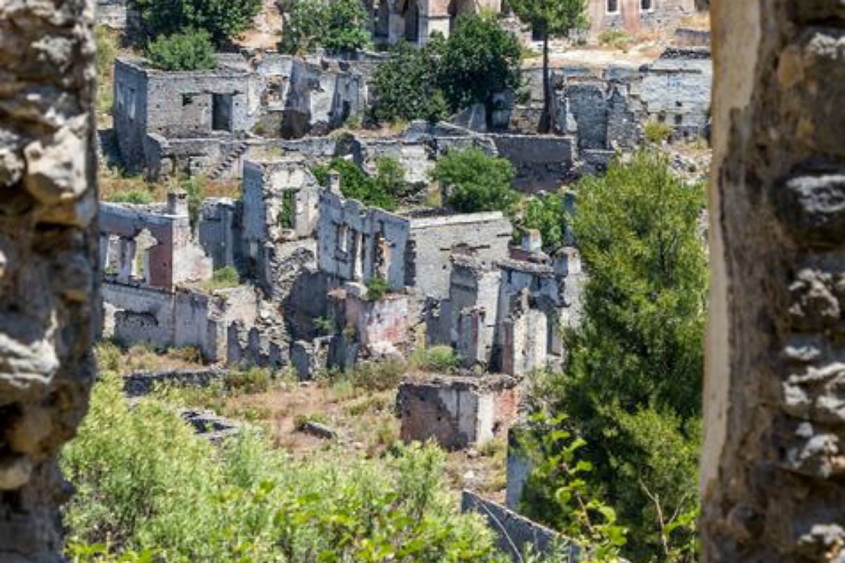 أجمل الأماكن المهجورة في العالم : بلدة كاياكوي في تركيا