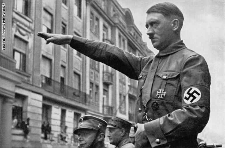 ادولف هتلر من أشهر طغاة التاريخ
