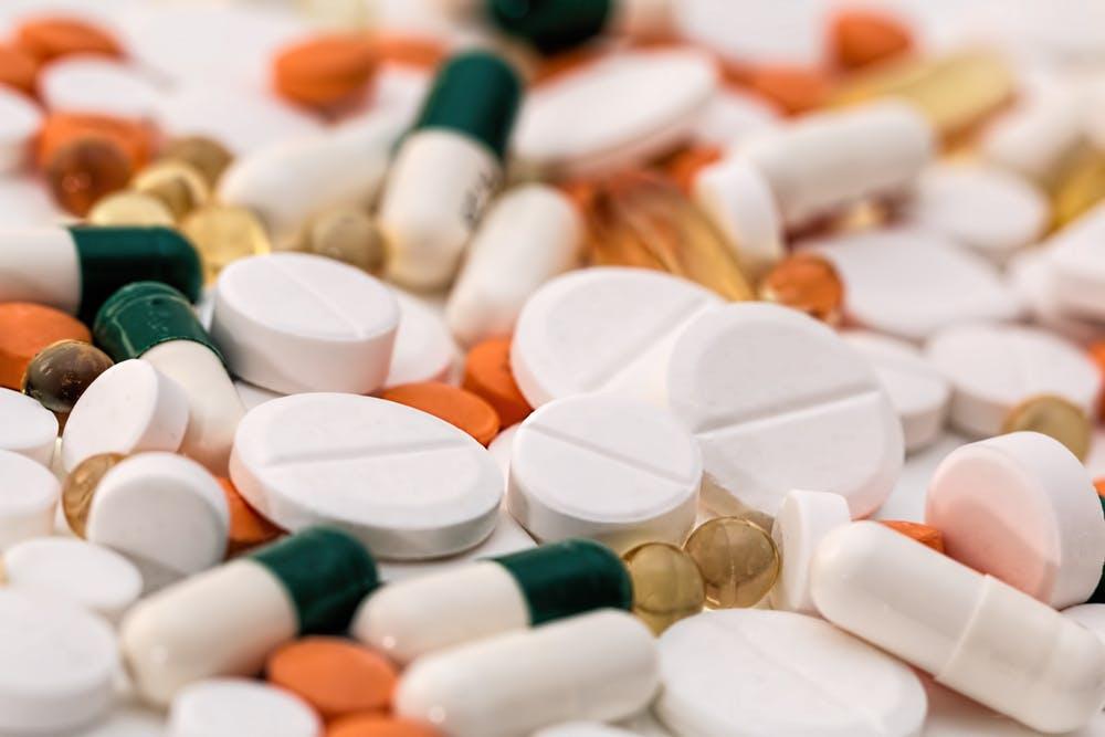 استخدام الأدوية