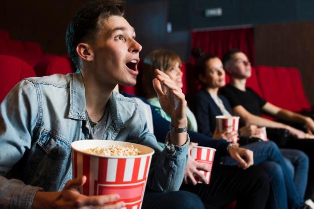 فوائد السينما : الإنفصال عن العالم