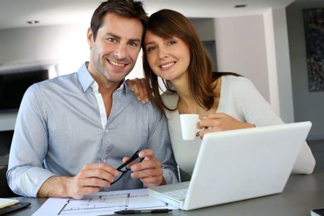 Photo of تشجيع زوجتك على العمل ومساهمة الزوجة في المنزل