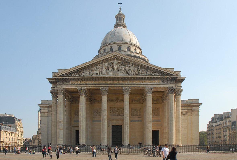 البانتيون من أشهر الأماكن السياحية في باريس فرنسا