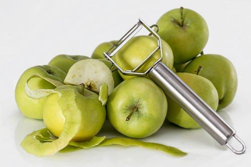 فوائد التفاح الأخضر إحتوائه على كميات كبيرة من المعادن المختلفة
