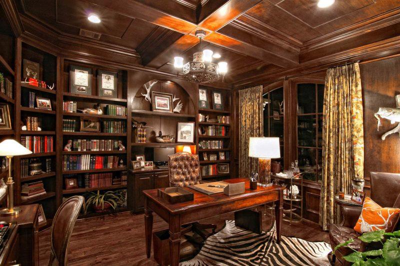 الذوق-الكلاسيكي-لغرفة-المكتب-بالمنزل