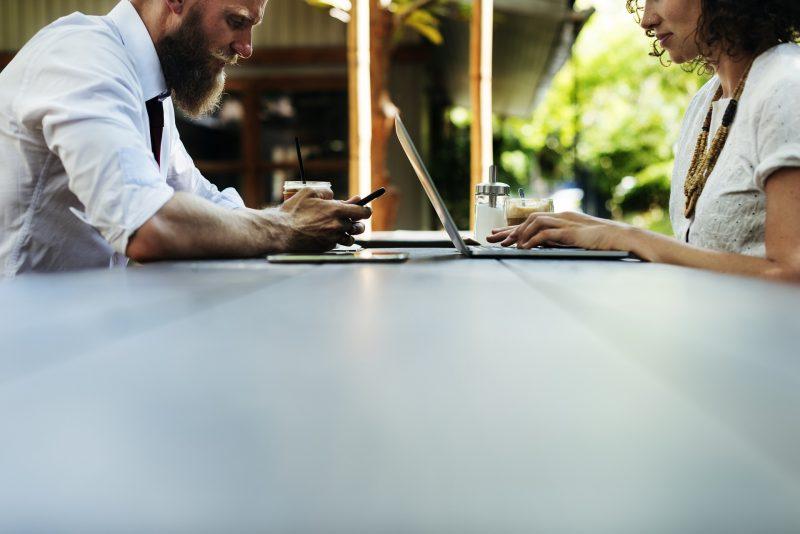 الربح من الإنترنت و العمل اونلاين