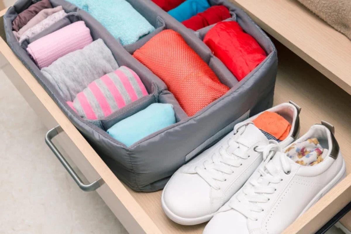 استخدام منظم درج خزانة الملابس