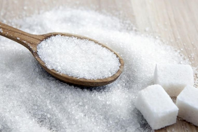 السكر : هل ينبغي تقليل تناول السكر في النظام الغذائي ؟