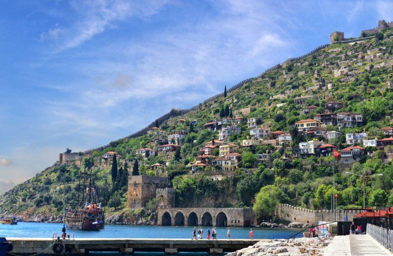 السياحية في أنطاليا