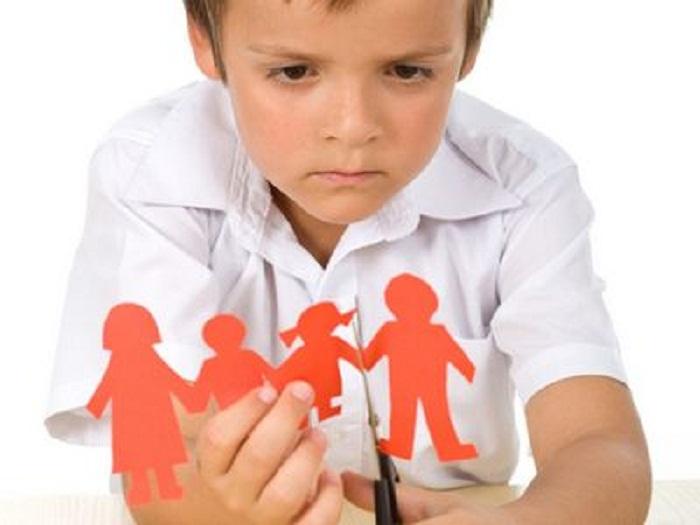 تأثير الطلاق على الأطفال و مشاعرهم