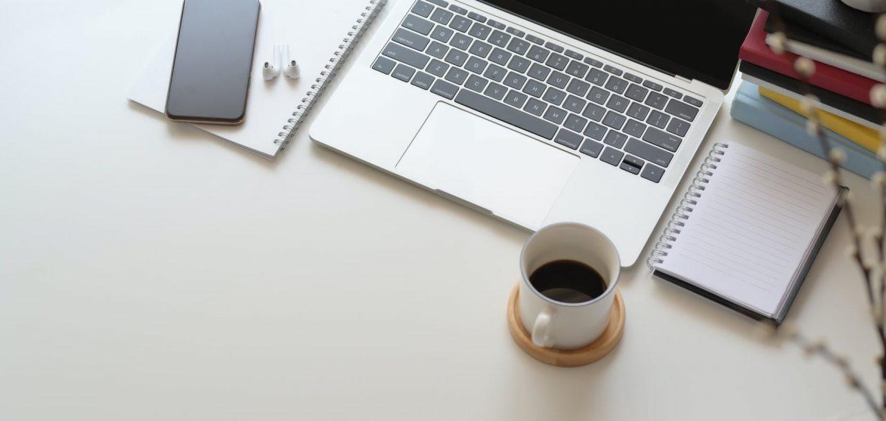 العمل علي المنصات الحرة من أشهر طرق الربح من الإنترنت