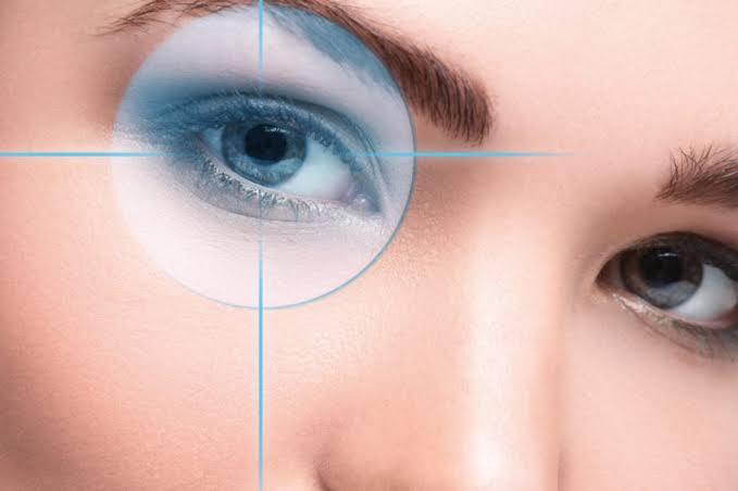 فوائد الفراولة علي العين
