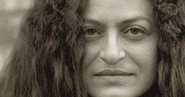الفنانة والكاتبة نورا أمين