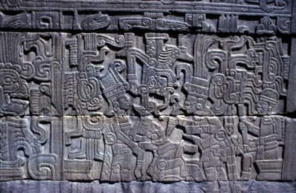 حضارة المايا و تقديم القرابين