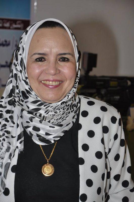 الكاتبة د.سميرة شرف