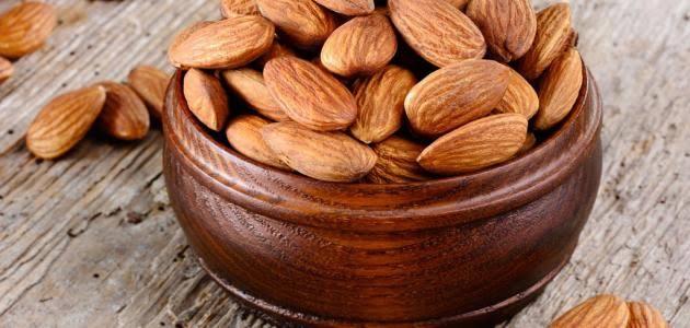 تقليل الكوليسترول عن طريق اللوز