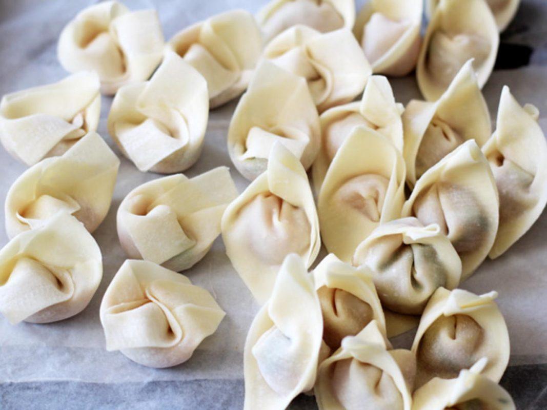 الونتون أشهر الأكلات الصينية