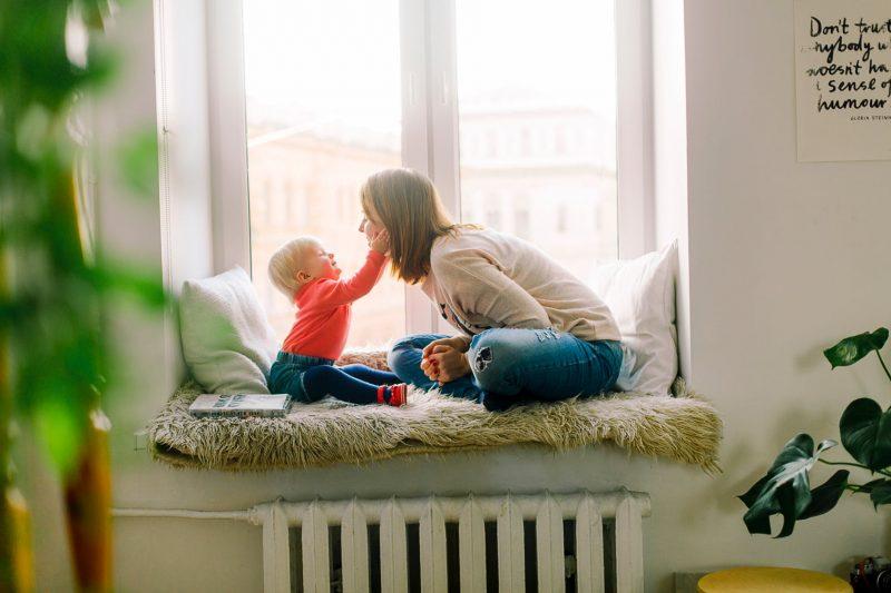 التحدث مع الاطفال