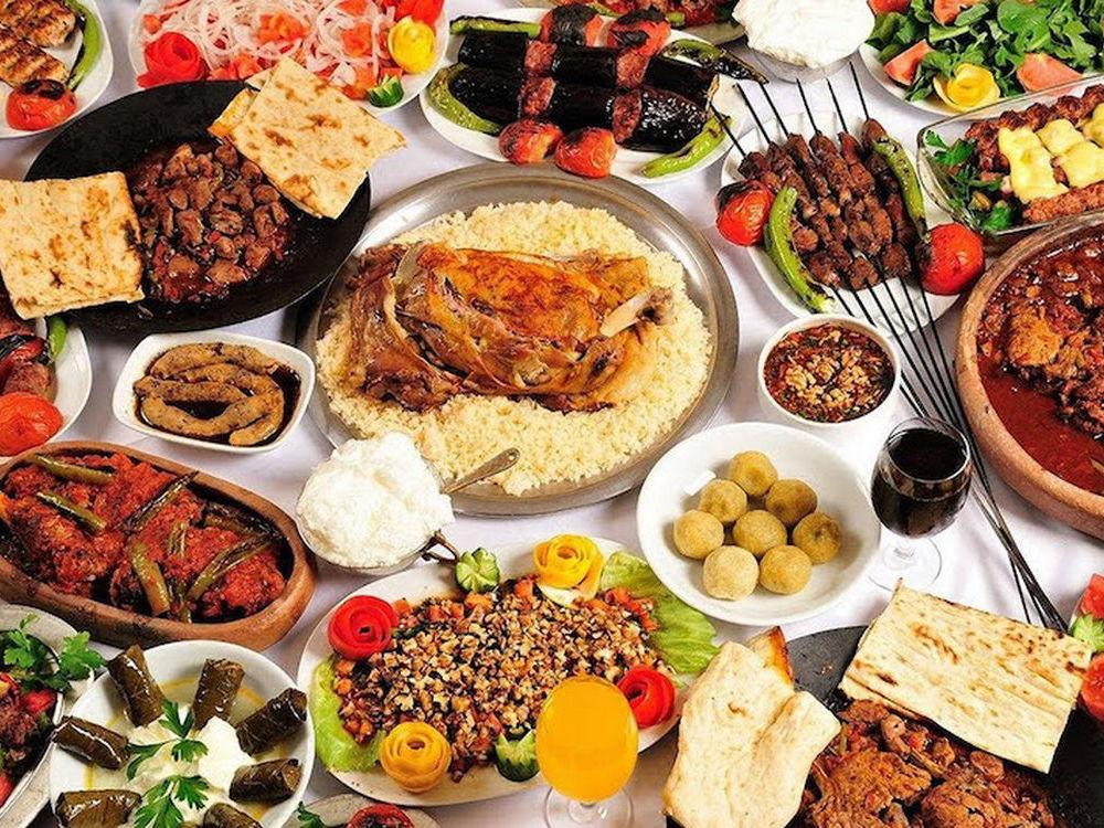 أشهر الأكلات حول العالم