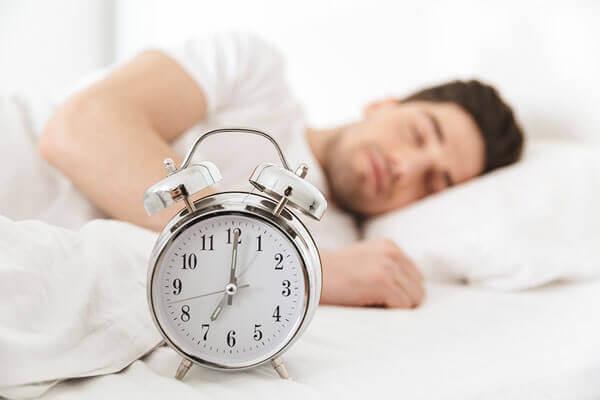 أهمية النوم لفقدان الوزن