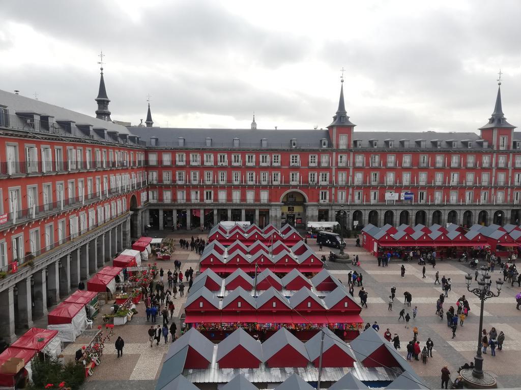 أبرز المعالم السياحية في مدريد : بلازا مايور