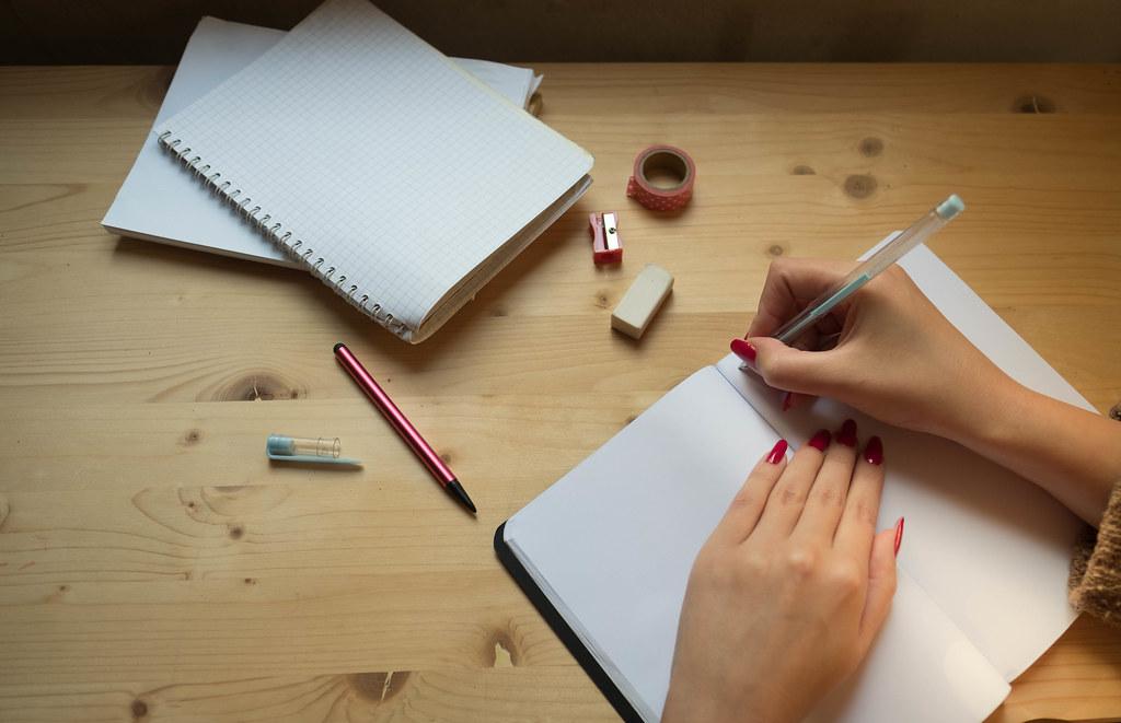نصائح لتعلم اللغة الإنجليزية عن طريق التدوين