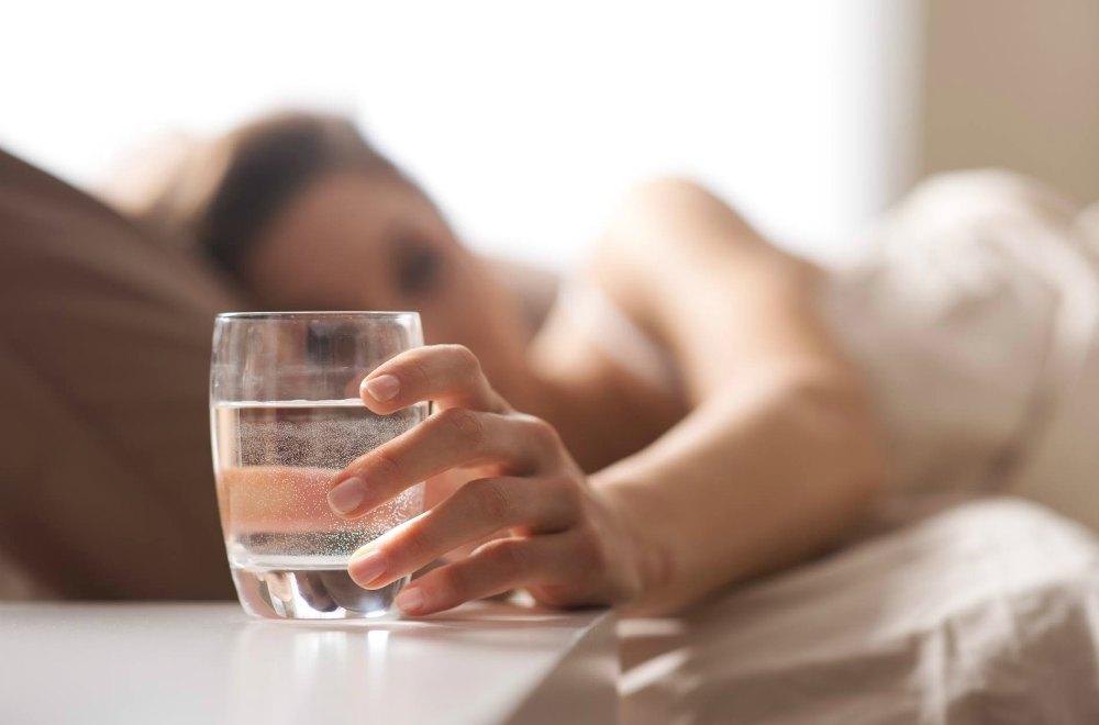 إحتساء المنبهات بعد الاستيقاظ من النوم عادة ضارة