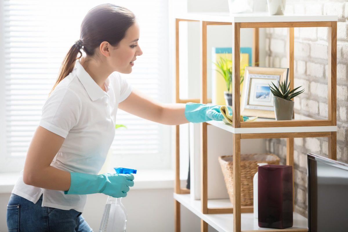 اساسيات تنظيف المنزل: من الأعلي الي الاسفل