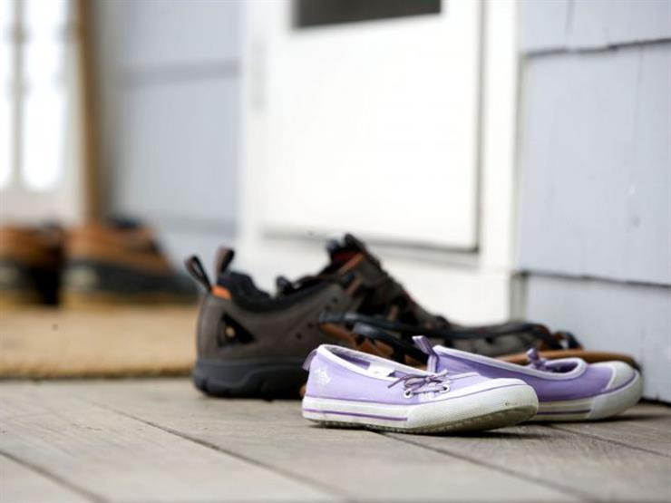 حذاء دون صاحبه