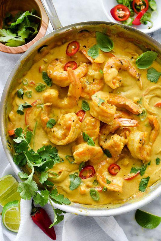 حساء الجمبري والفستق الفلبيني