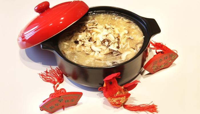 حساء الدجاج الصينية من أشهي أطباق الحساء الصيني
