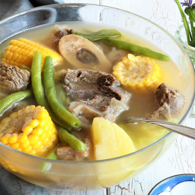 حساء لحم البقر