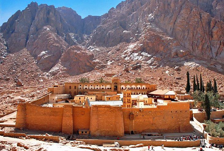 دير سانت كاترين من أفضل الأماكن السياحية في مصر