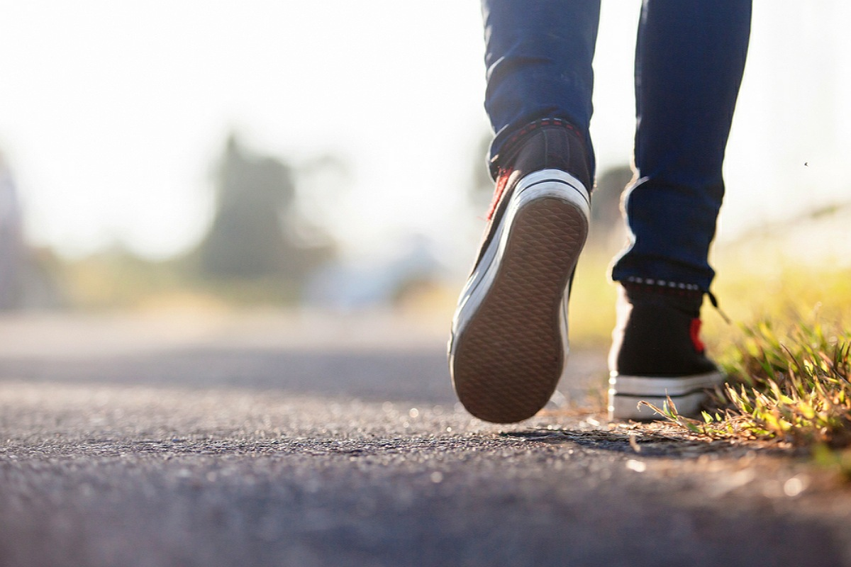 زيادة نشاطك البدني و ممارسة الرياضة بقدر ما تستطيع