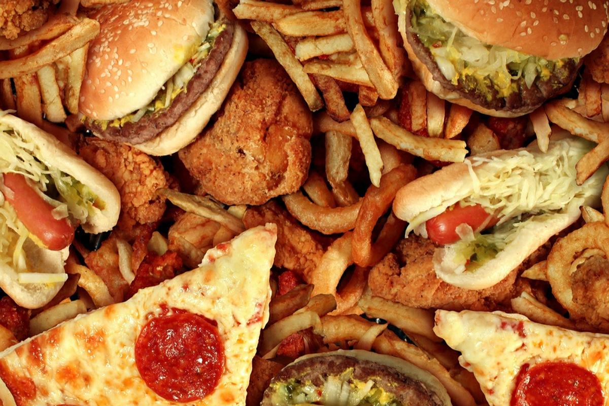 للحفاظ علي صحة القلب : تجنب الأغذية الجاهزة