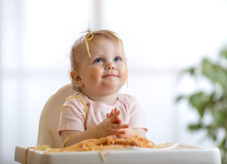 تغذية الطفل