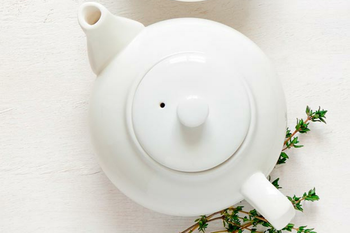 أفضل الأطعمة لبشرة صحية و مشرقة : مشروب الشاي الأخضر لبشرة صحية
