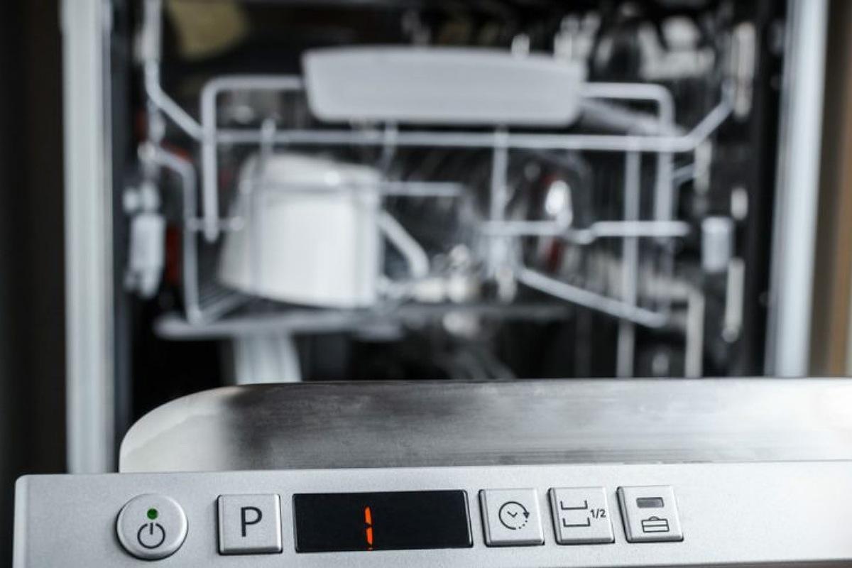 الأخطاء الشائعة في استخدام غسالة الأطباق : اختيار و تشغيل دورة الغسيل الخاطئة