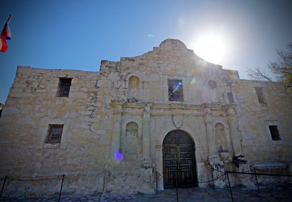 معلومات تاريخية عن العبودية و الإضطهاد : قاتلت تكساس من أجل بقاء العبودية
