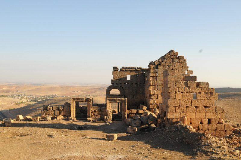 قلعة زرزيفان من مغالم السياحة في ديار بكر