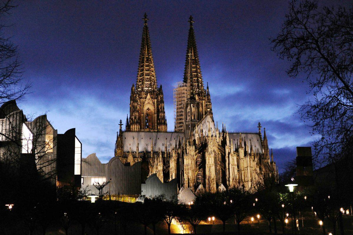 كاتدرائية كولونيا في برلين ألمانيا