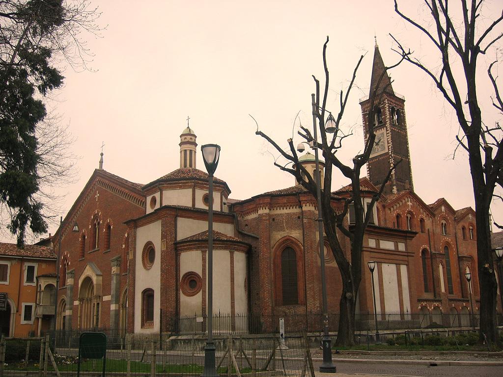 أفضل الأماكن السياحية في ميلان : كنيسة أوستورجيو