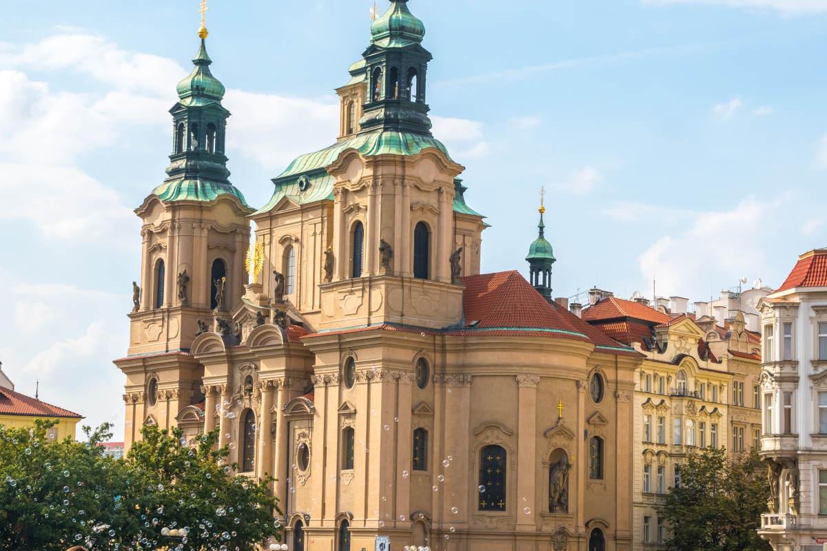 المناطق السياحية في براغ : كنيسة القديس نيكولاس