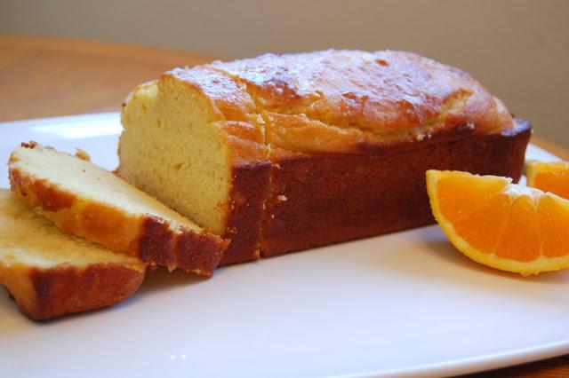 وصفات بالزبادي : كيك الزبادي بالبرتقال واللوز