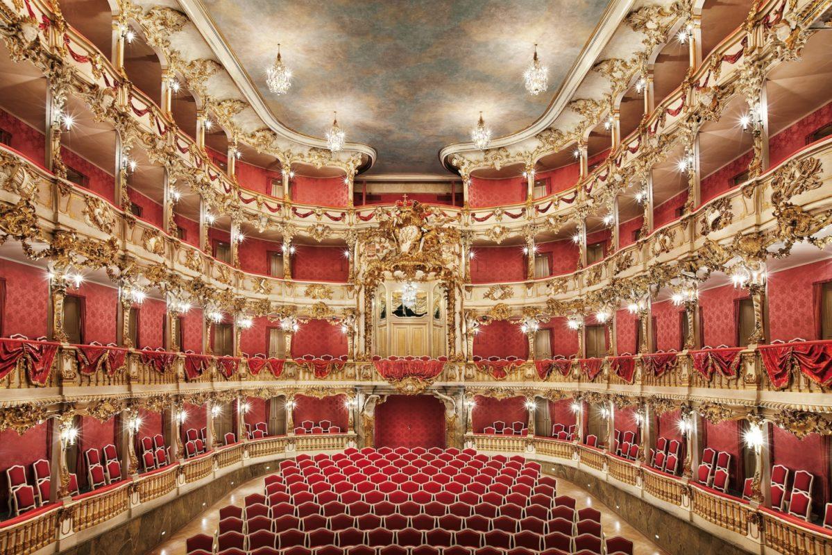 أفضل الأماكن السياحية في ميونخ : مسرح كوفيليس