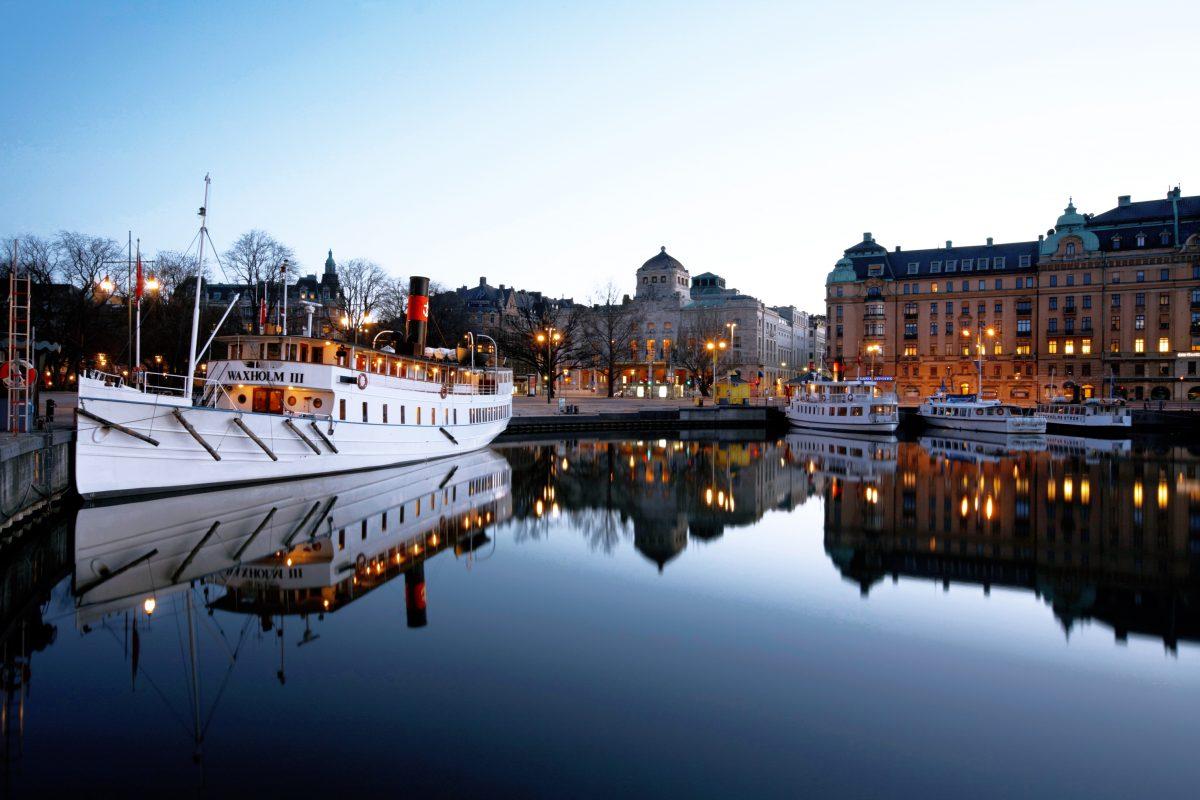 المعالم السياحية في ستوكهولم : منطقة رحلات بالقارب في ستوكهولم