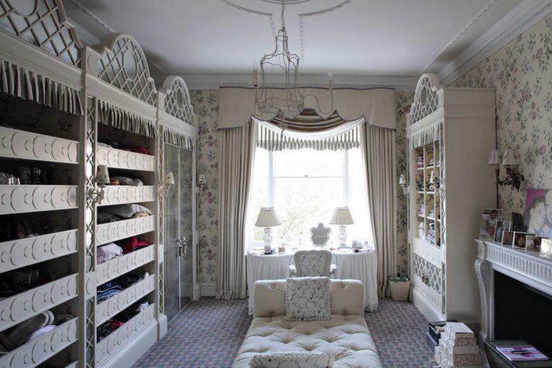 10 أفكار لغرفة تبديل الملابس