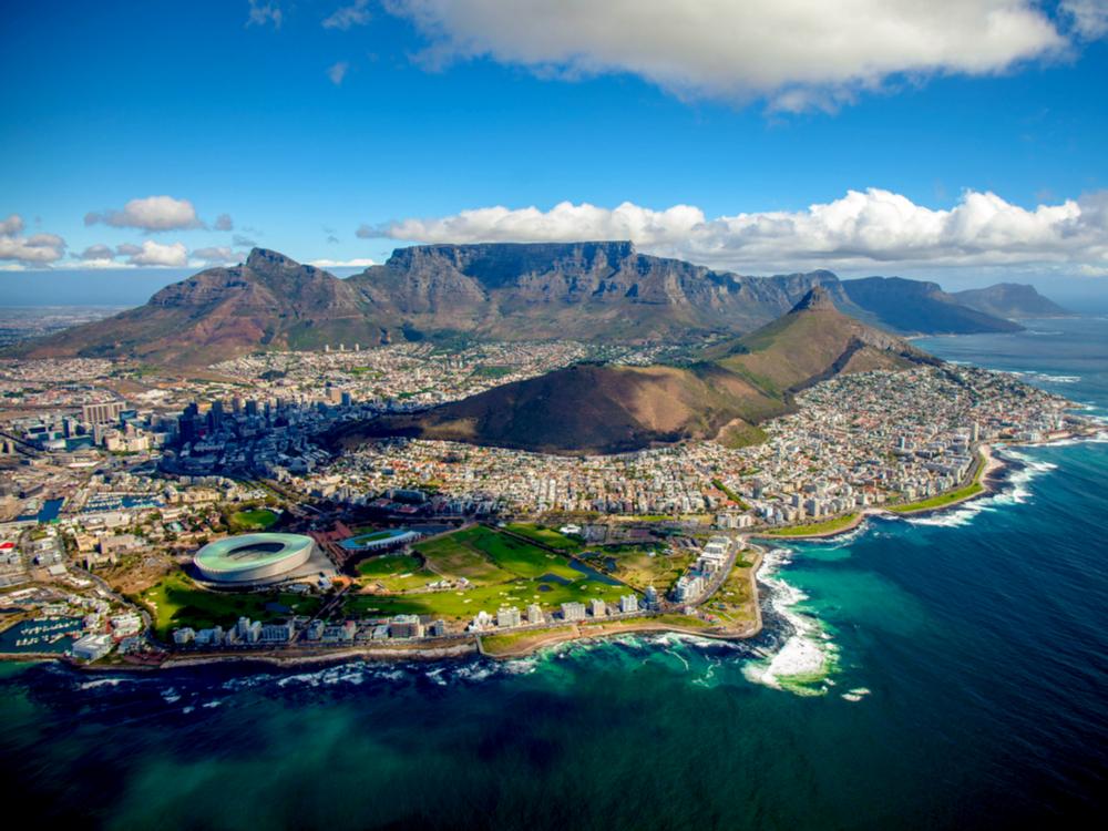 وجهات سياحية في أفريقيا : جبل تيبل في جنوب أفريقيا