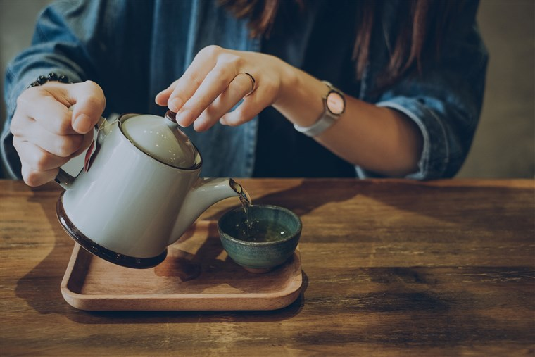 متي يتم شرب الشاي والقهوة ؟